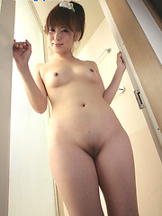 Nice asian chick Ikumi in amateur shoots