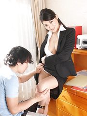 Teen cock and cum get deep inside Ryo Sasaki.