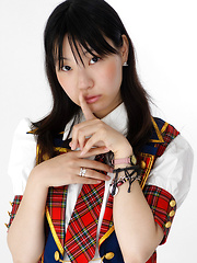 Momoko Miura shows hairy cunt
