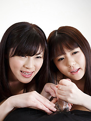 Yurikawa Sara and Araki Mai