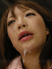 Nasty slut Nazuna Otoi loves to taste sperm
