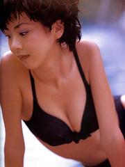Aki Hoshino Asian tries to hide cans and shows appetizing behind