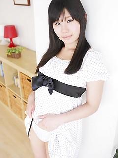 mature model Atsuko Kitamura
