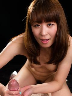 mature model Hirako Saori
