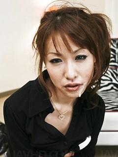 mature model Rika Kurachi