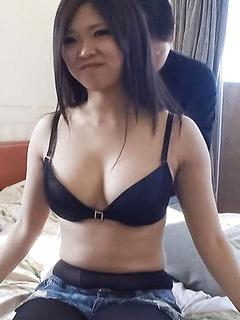 mature model Yuuki Motomiya
