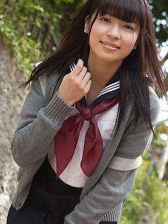 mature model Yuuri Shiina