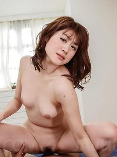mature model Maki Sarada